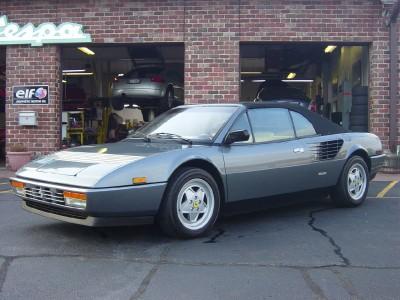 reina international auto 1988 ferrari mondial cabriolet 3 2. Black Bedroom Furniture Sets. Home Design Ideas