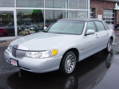 2000 Lincoln Town Car Signature Series Stock 3903 For Sale Near
