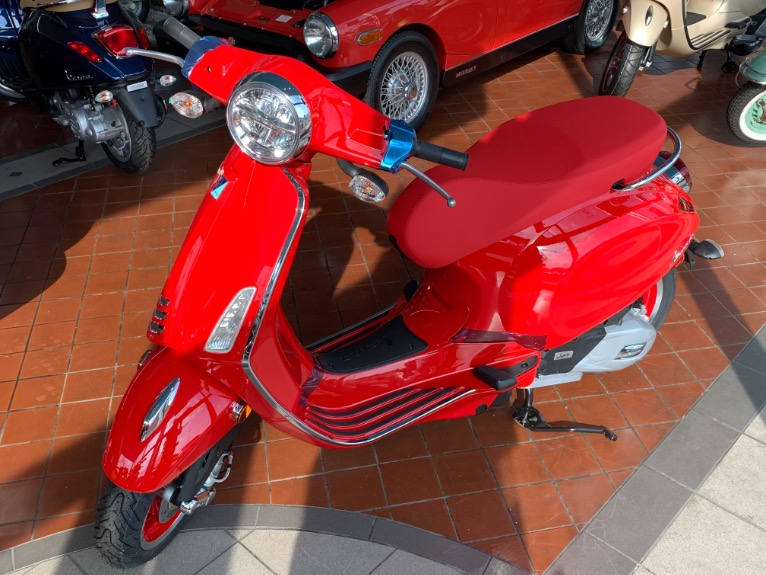 2021 VESPA PRIMAVERA 150 RED