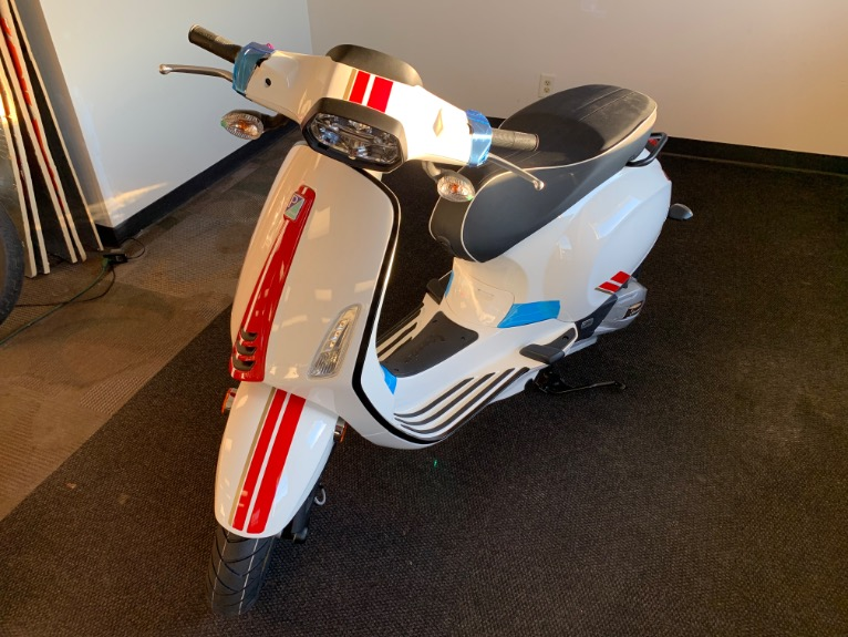 2021 VESPA Sprint 150 Racing Sixties