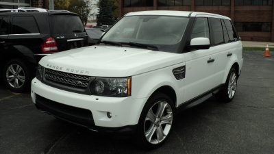 Used 2011 Land Rover Range Rover Sport 4X4 SC | Brookfield, WI