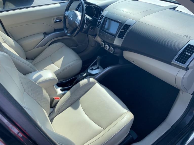 Used-2009-Mitsubishi-Outlander-XLS-4x4