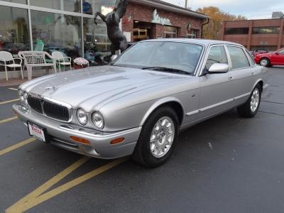 Used 2001 Jaguar XJ Series XJ8 | Brookfield, WI