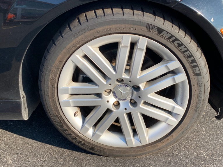Used-2008-Mercedes-Benz-C300-4-Matic-Sport