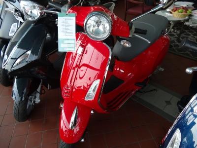 New-2015-Vespa-PrimaVera-50