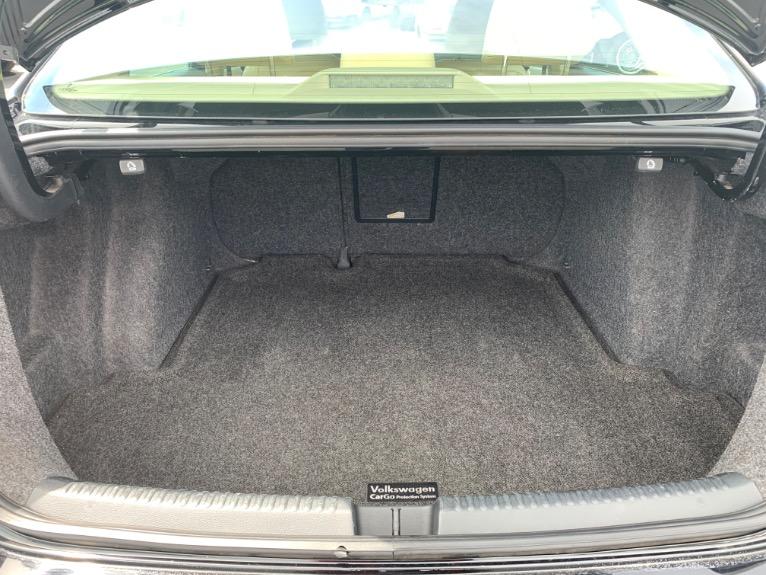 Used-2012-Volkswagen-Jetta-SE-w/-Convenience-Package