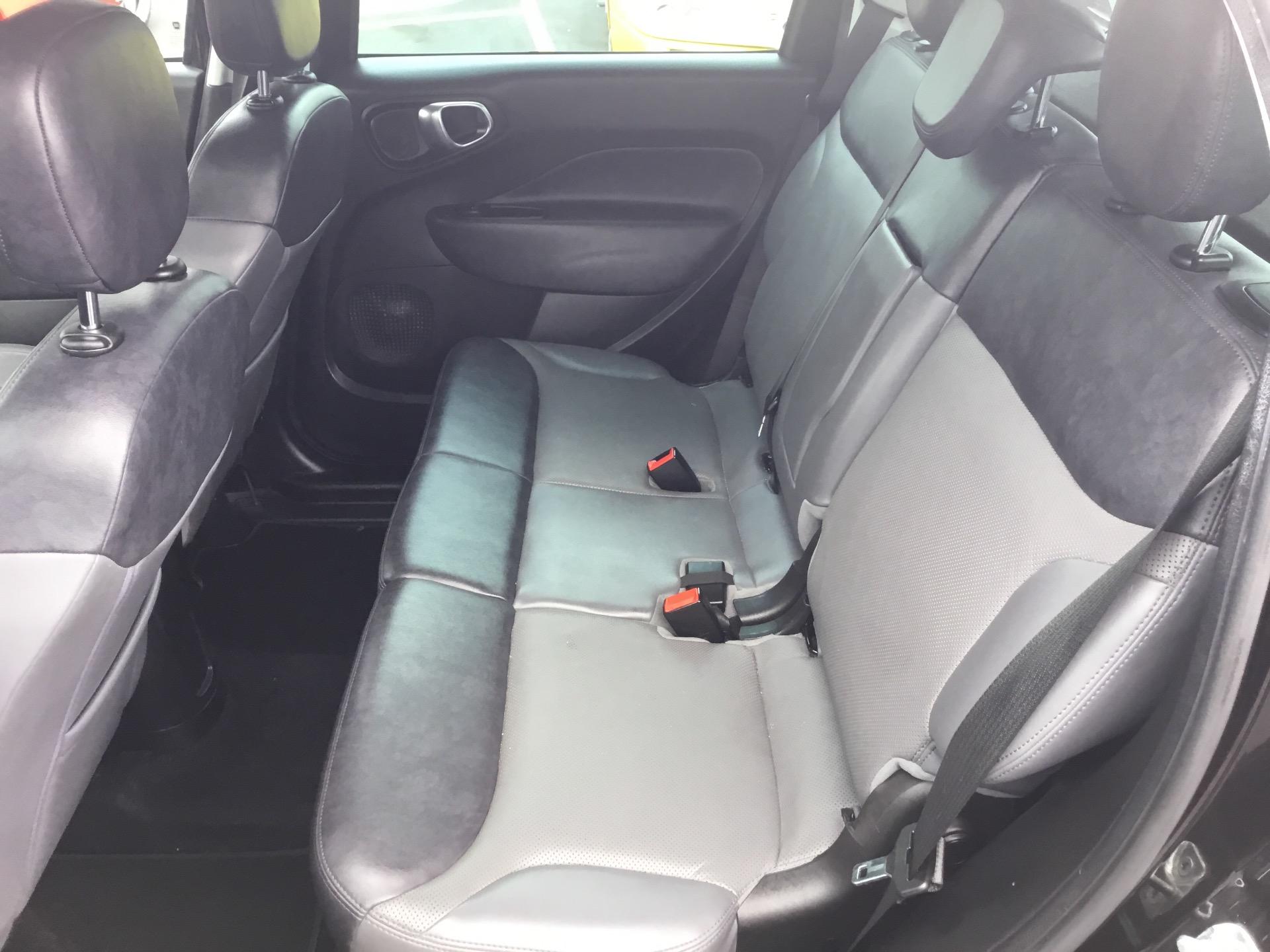 Used-2014-FIAT-500L-Lounge