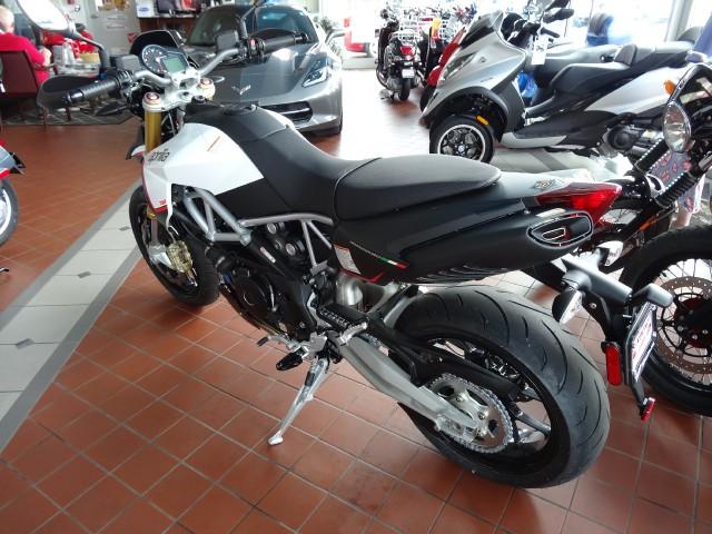 New-2015-Aprilia-DorsoDuro-750