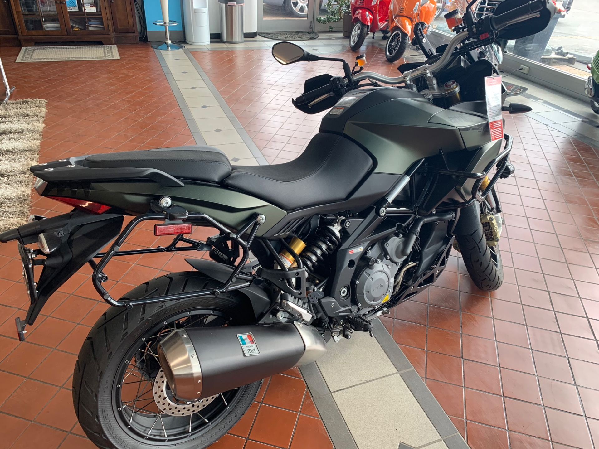 New-2016-Aprilia-Caponord-1200ABS-Rally
