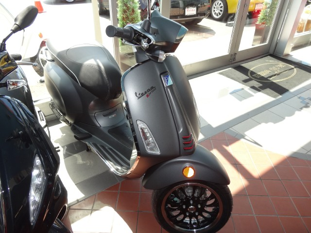 New-2015-Vespa-Sprint-150S