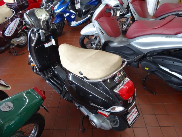New-2013-Vespa-LX50-New-Warranty