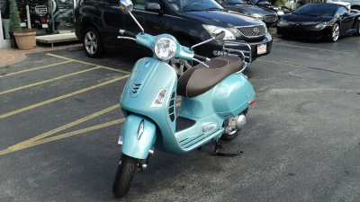 New 2016 Vespa GTS300IE 70th Anniversary | Brookfield, WI