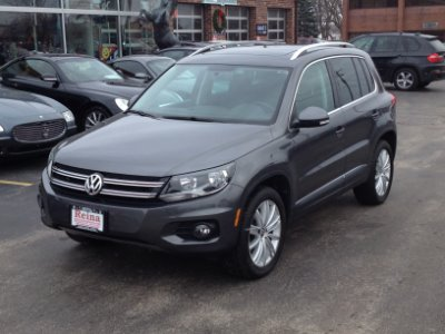 Used 2013 Volkswagen Tiguan SE 4Motion | Brookfield, WI