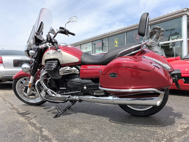 New-2017-Moto-Guzzi-California-1400-Touring