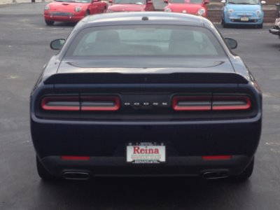 Used-2015-Dodge-Challenger-SXT