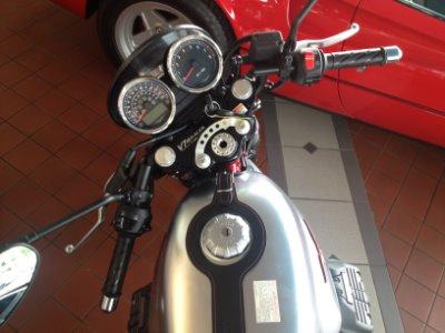 New-2017-Moto-Guzzi-V7-III-Racer