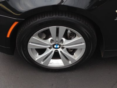 Used-2009-BMW-5-Series-528i-xDrive