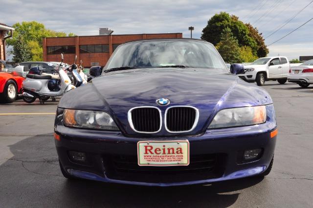 Used-1998-BMW-Z3-28