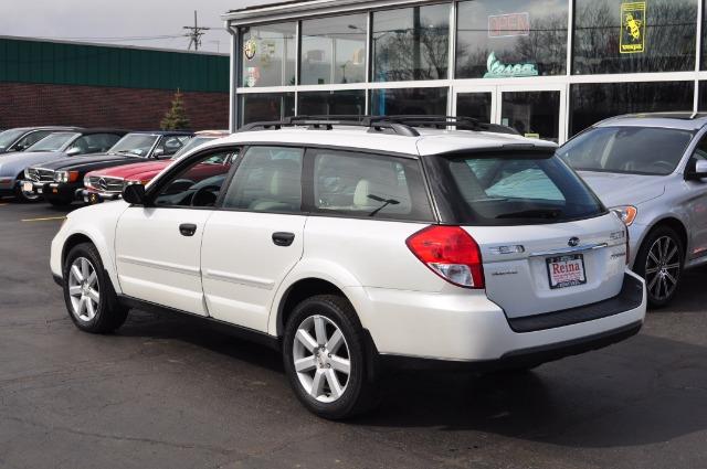 Used-2009-Subaru-Outback-25i-Special-Edition