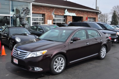 Used 2011 Toyota Avalon Limited | Brookfield, WI