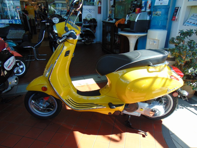 New 2016 Vespa Sprint 150  | Brookfield, WI