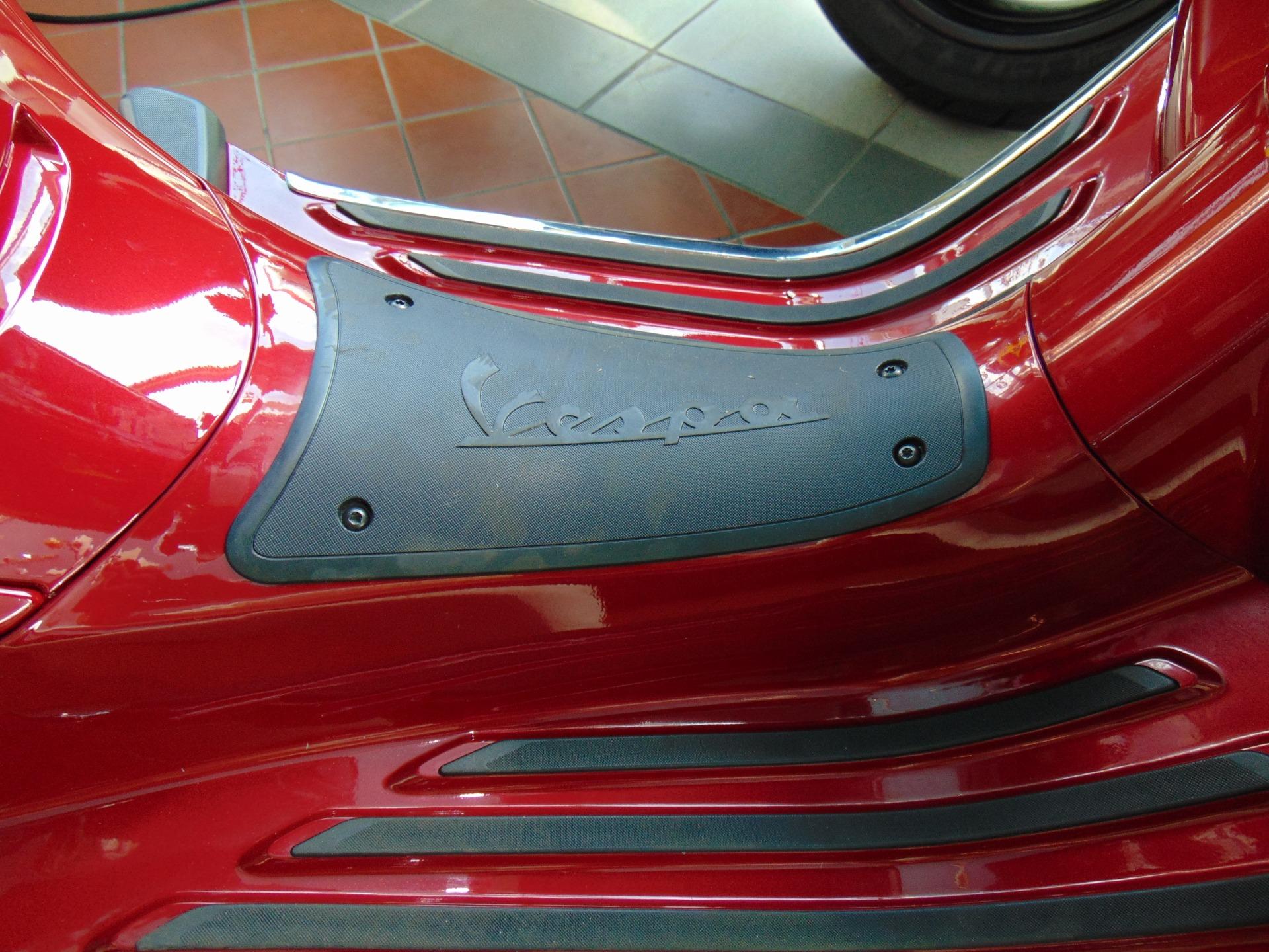 New-2019-Vespa-Primavera-150-Touring
