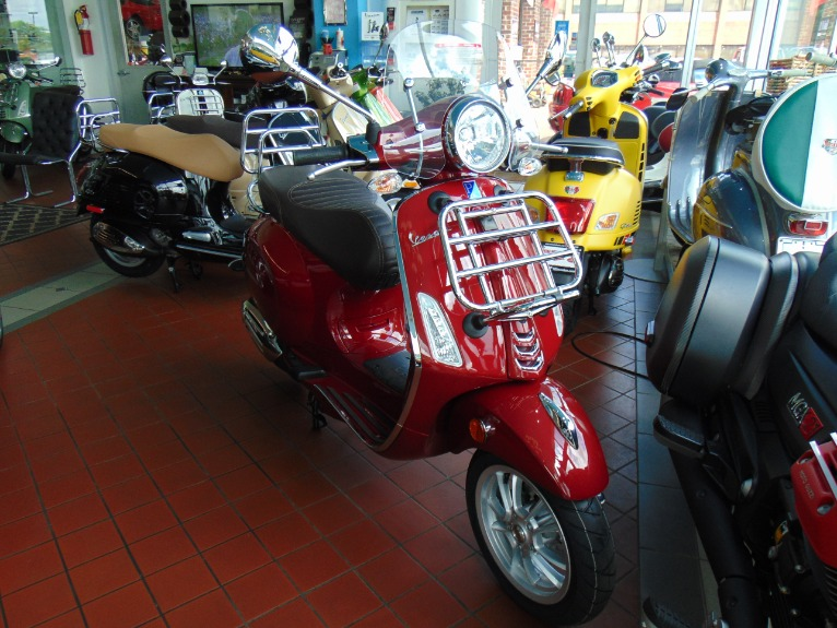 New 2019 Vespa Primavera 150 Touring  | Brookfield, WI