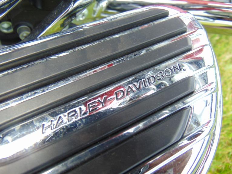 Used-2010-HARLEY-DAVIDSON-STREET-GLIDE