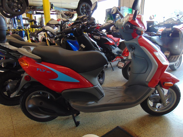 Used 2007 PIAGGIO 150CC  FLY  | Brookfield, WI