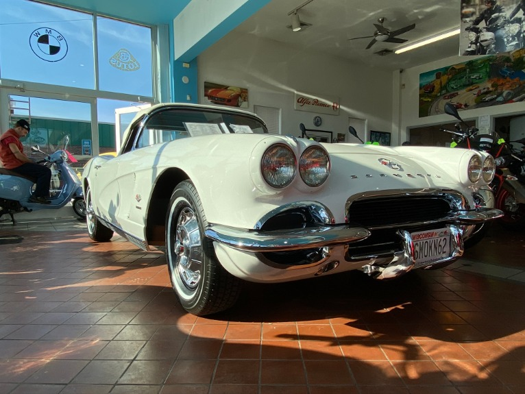 Used-1962-Chevrolet-Corvette-Convertible-RPO-582-Fuel-Injection