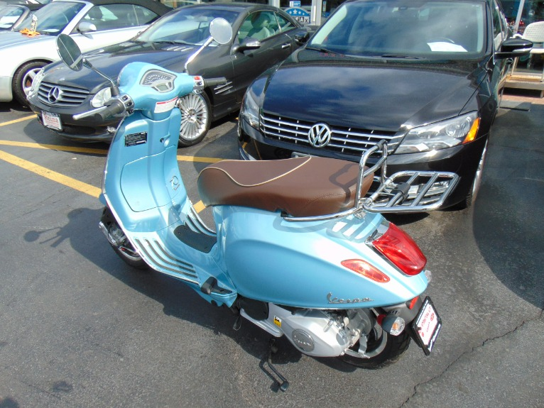 Used-2016-VESPA-PRIMAVERA-70TH-ANNIV