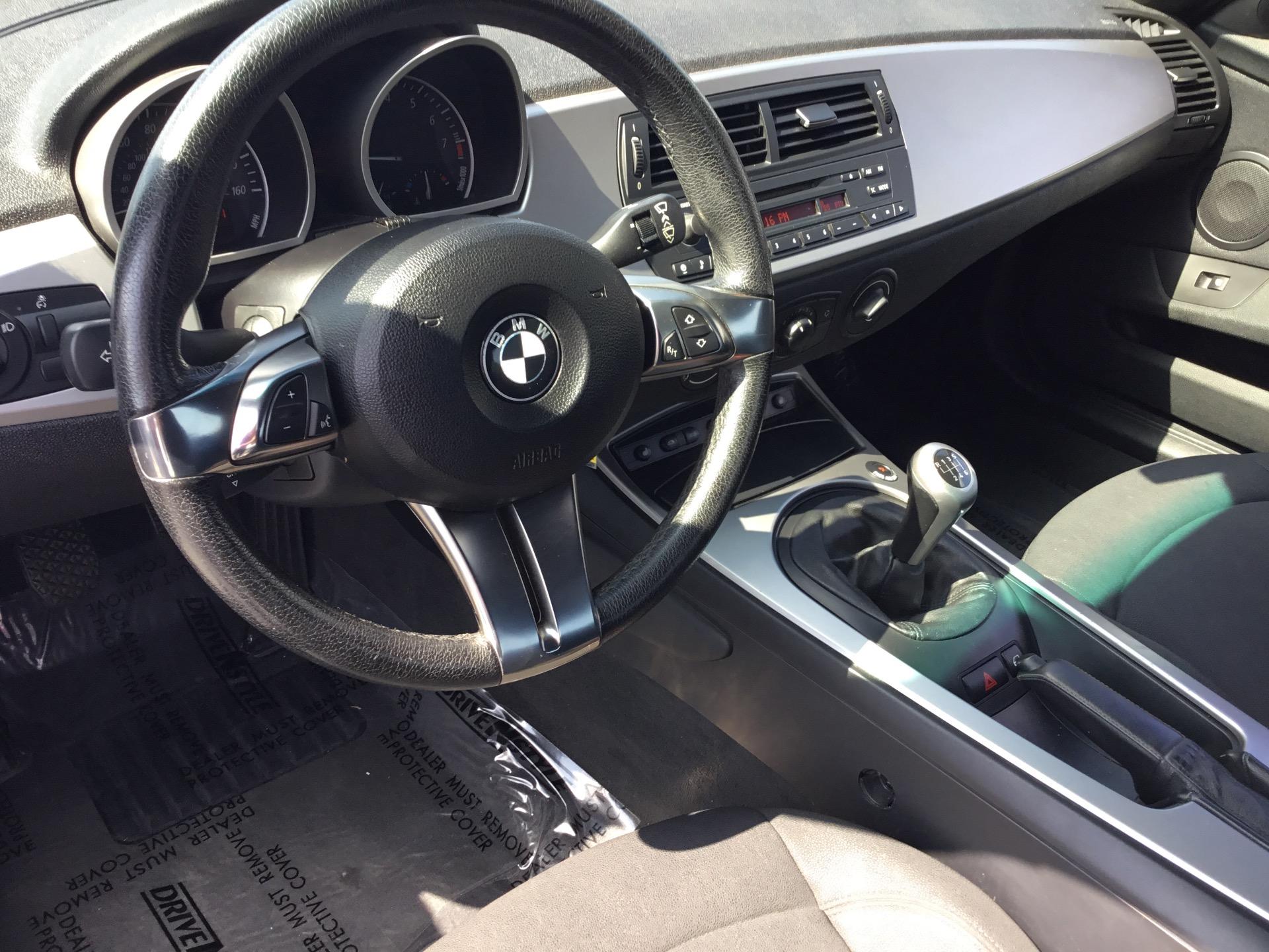 Used-2006-BMW-Z4-30i