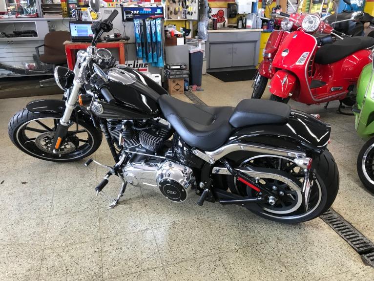 Used-2016-Harley-Davidson-FXSB-Breakout
