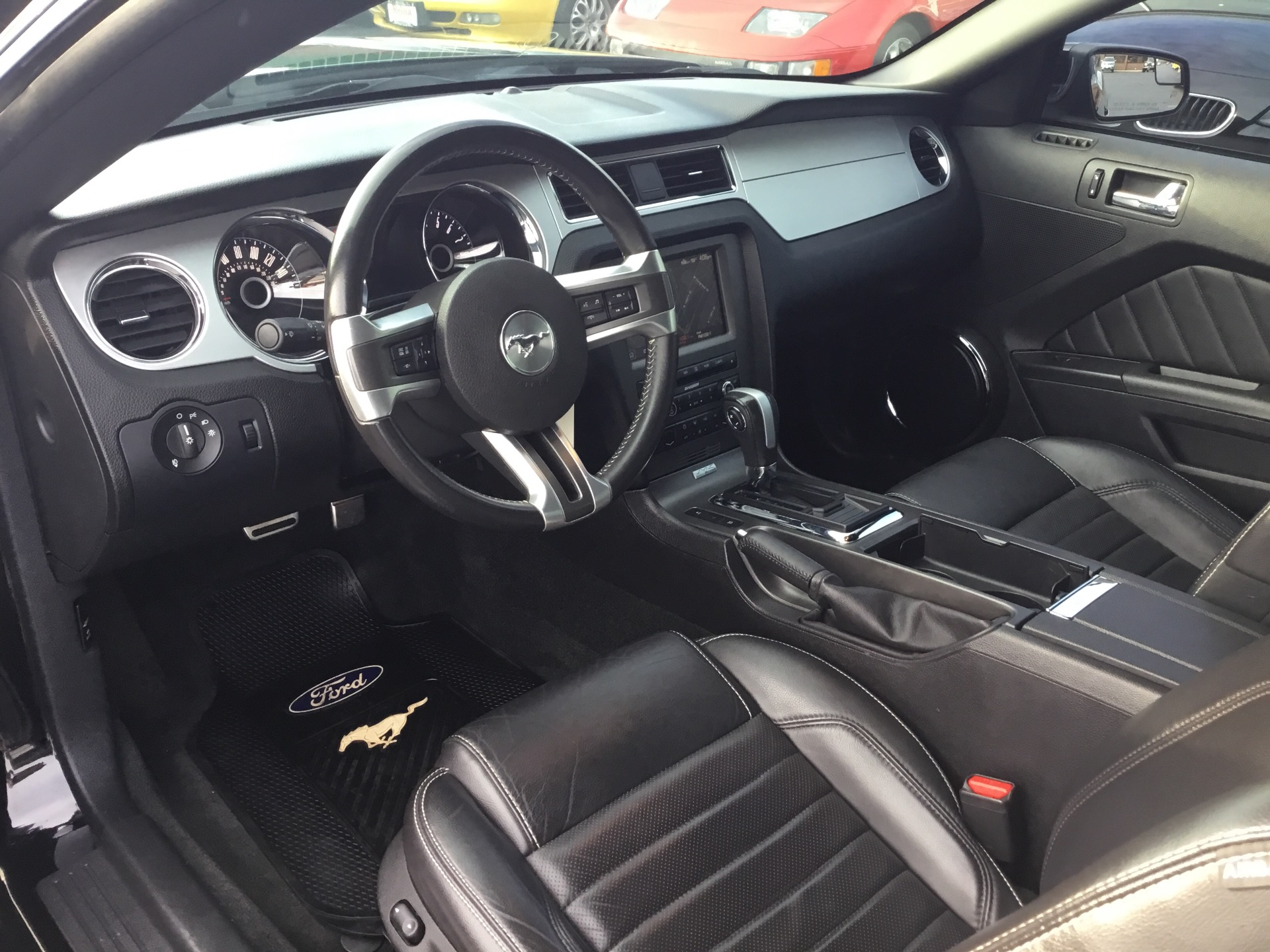 Used-2014-Ford-Mustang-V6