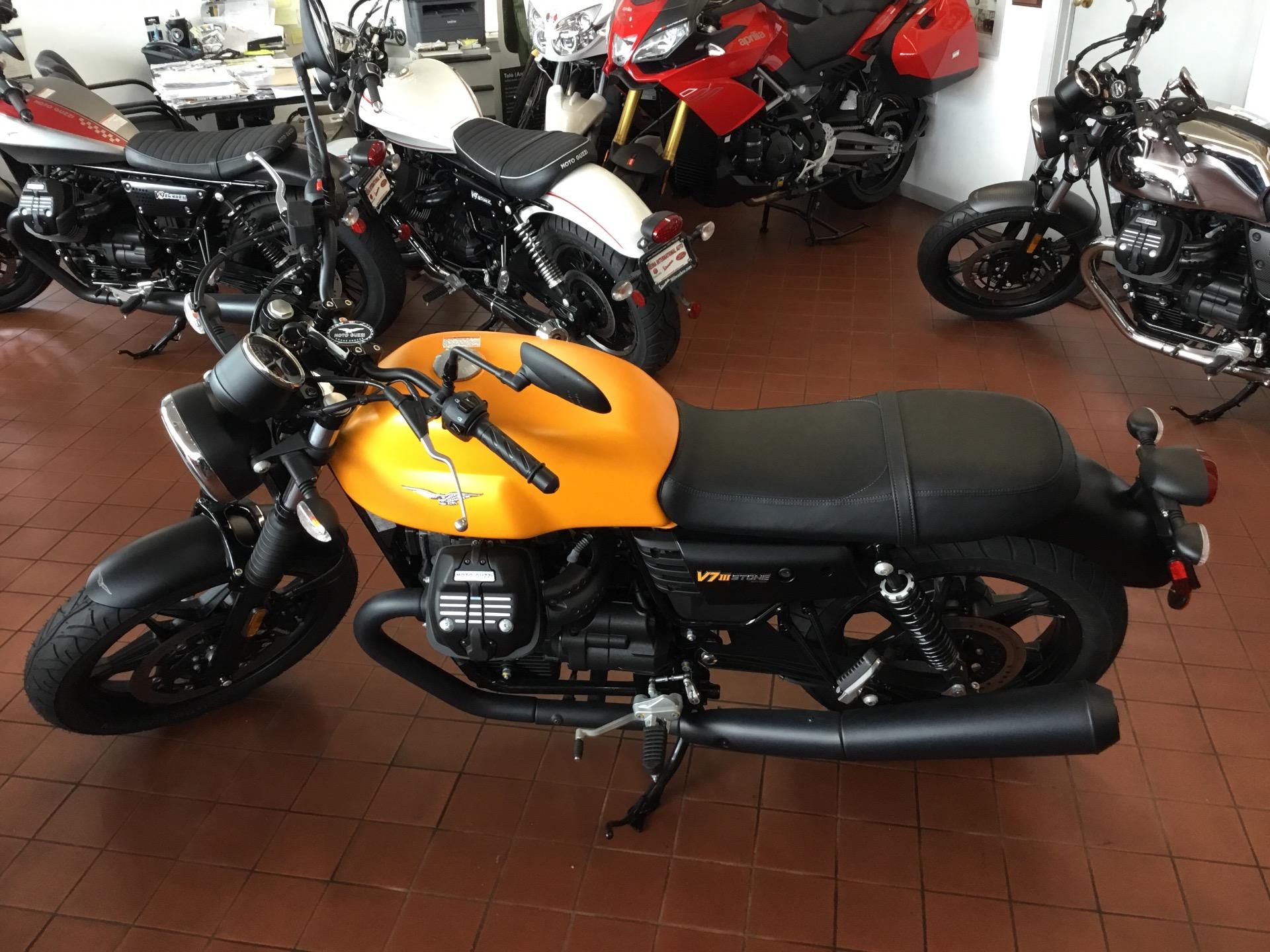 New-2018-Moto-Guzzi-V7-III-Stone