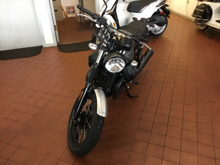 New-2018-Moto-Guzzi-V7-III-Rough