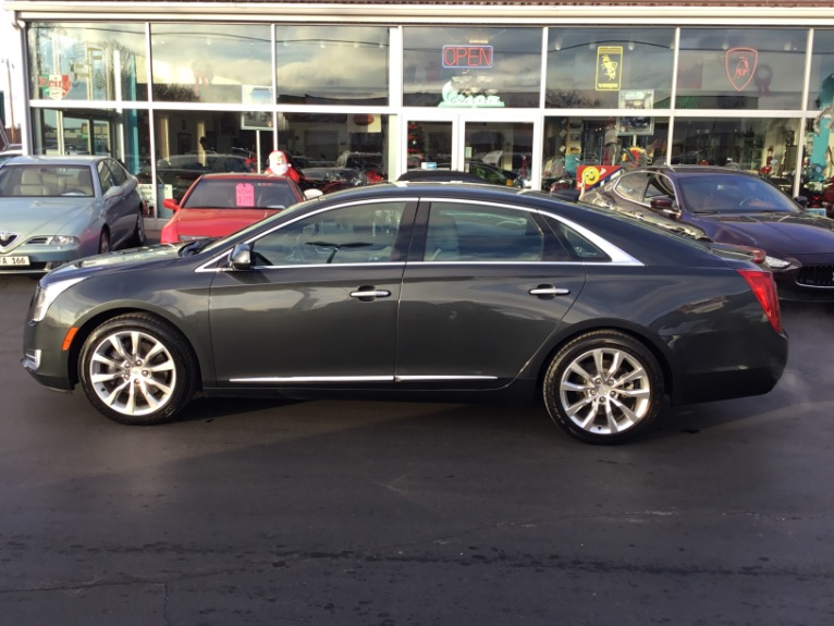 Used-2016-Cadillac-XTS-Luxury-AWD