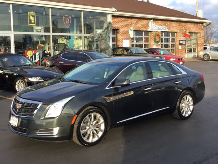Used 2016 Cadillac XTS Luxury AWD | Brookfield, WI