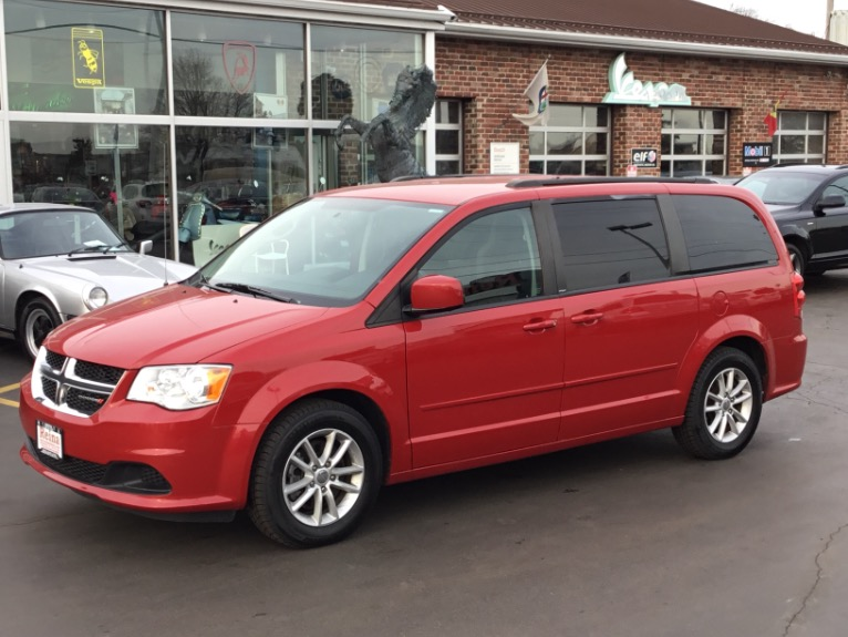 Used 2013 Dodge Grand Caravan SXT | Brookfield, WI