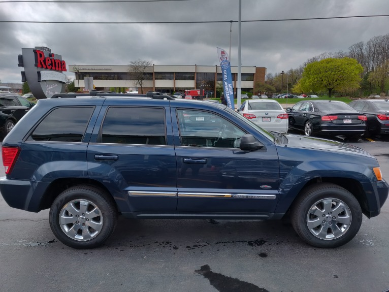 Used-2010-Jeep-Grand-Cherokee-Laredo-4x4