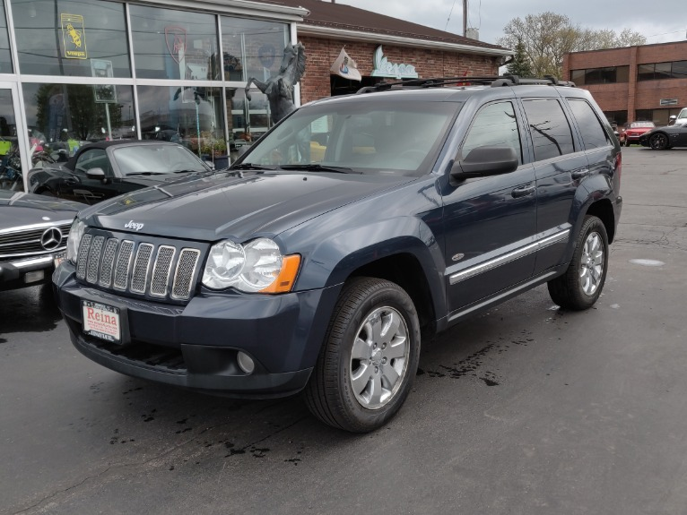 Used 2010 Jeep Grand Cherokee Laredo 4x4 | Brookfield, WI