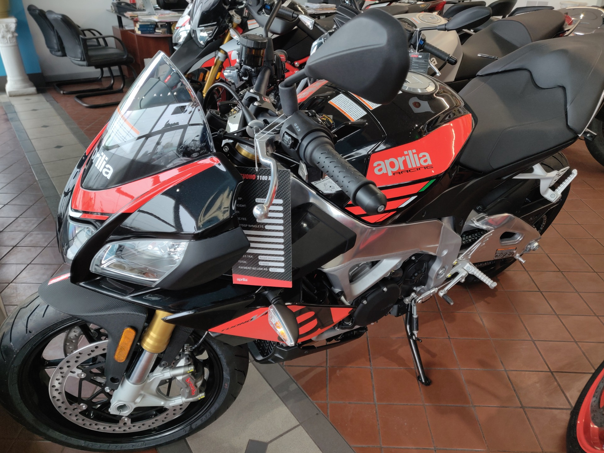 2018 Aprilia Tuono V4 1100 Rr Stock 5047 For Sale Near Brookfield Wi Wi Aprilia Dealer