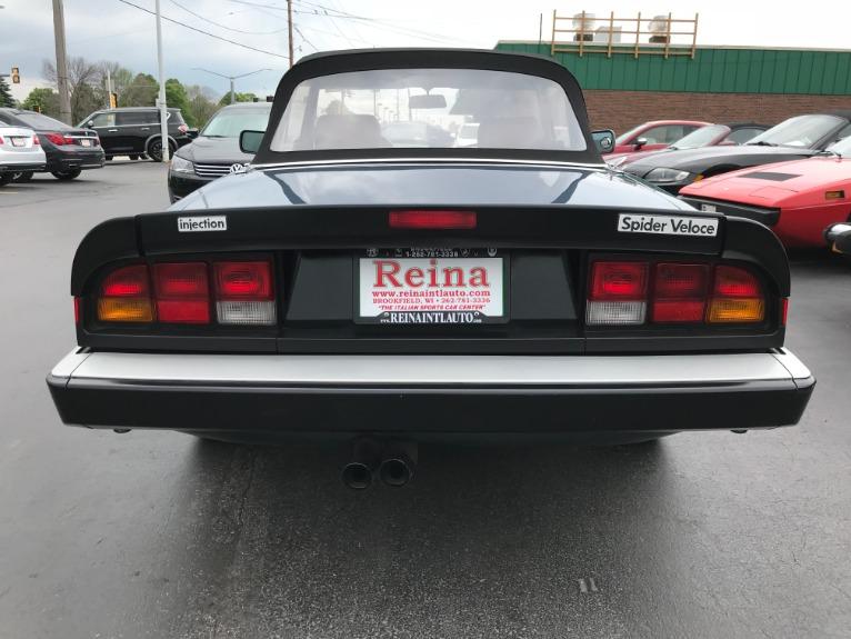 Used-1986-Alfa-Romeo-Spider-Veloce