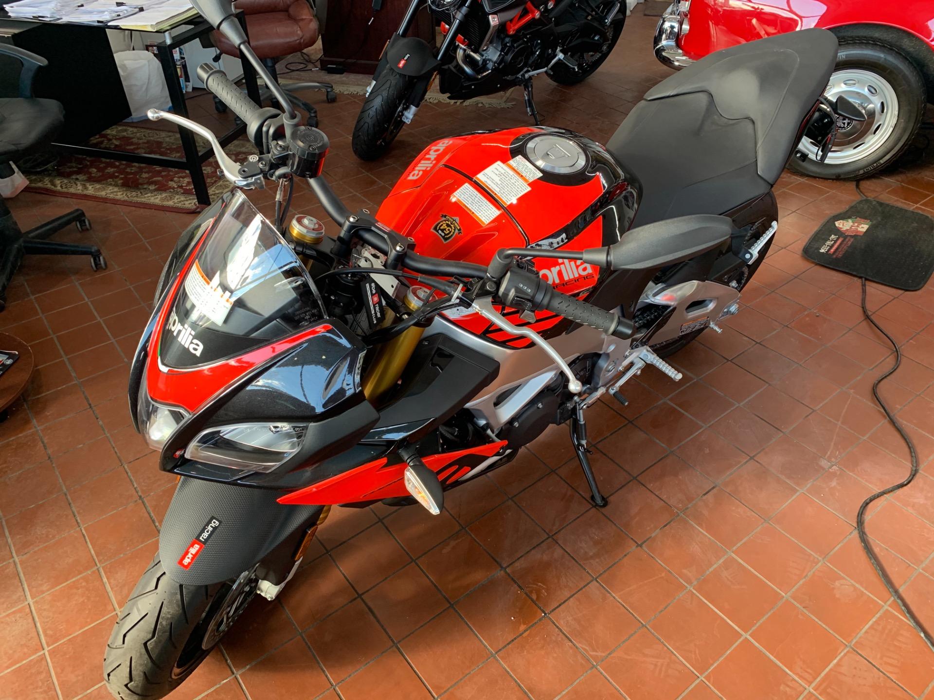 New-2019-Aprilia-Tuono-V4-1100-RR