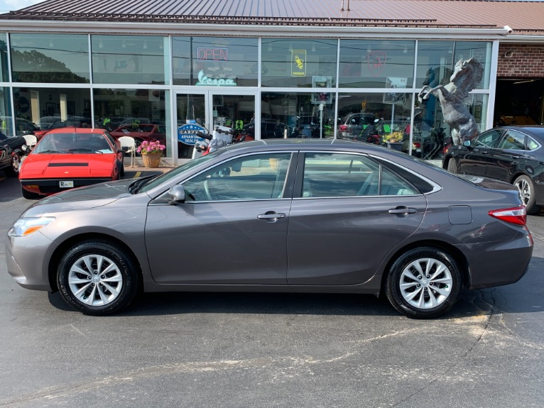 Used-2017-Toyota-Camry-LE