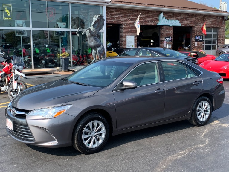 Used 2017 Toyota Camry LE | Brookfield, WI