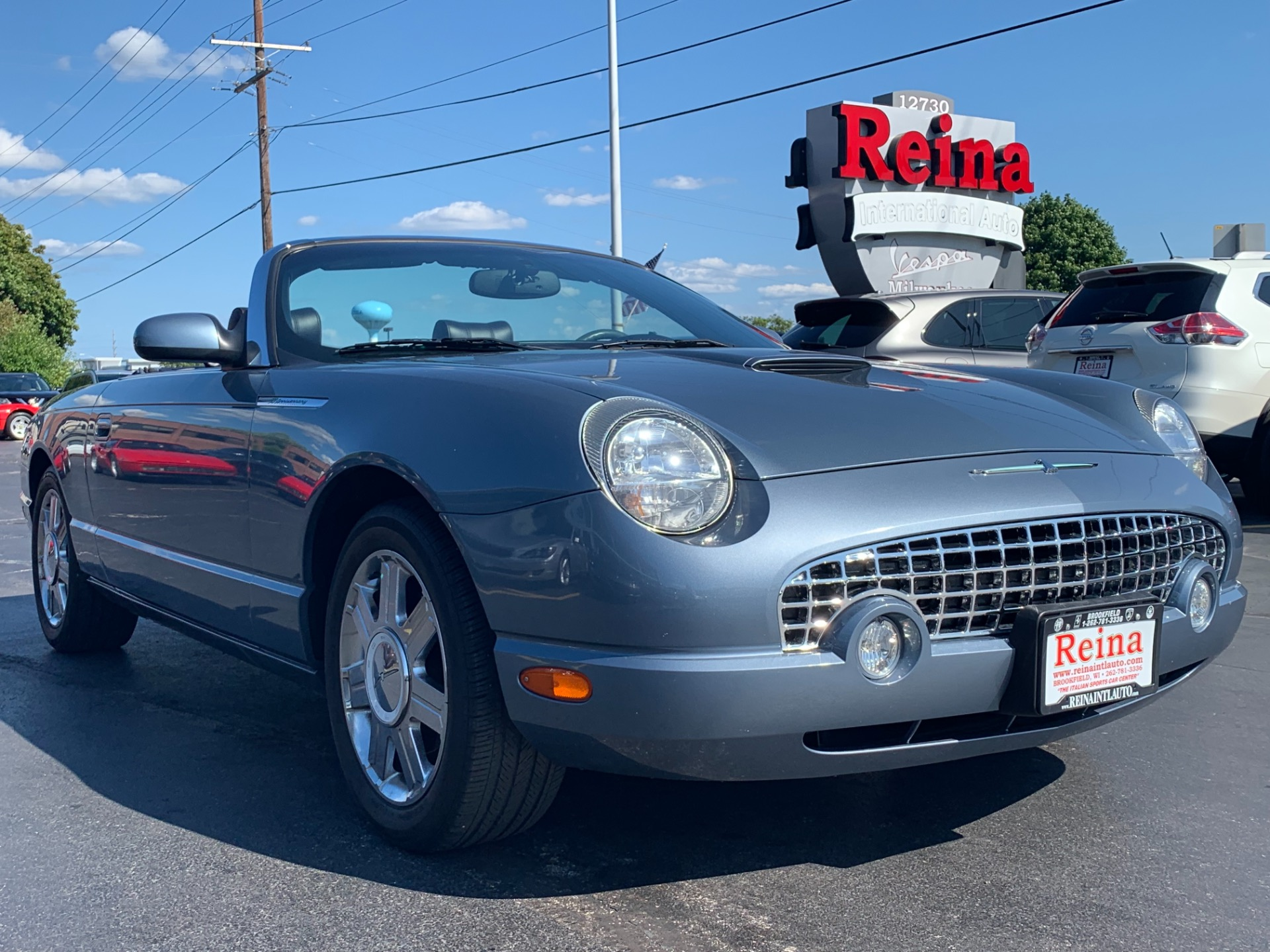 Used-2005-Ford-Thunderbird-Deluxe-Convertible