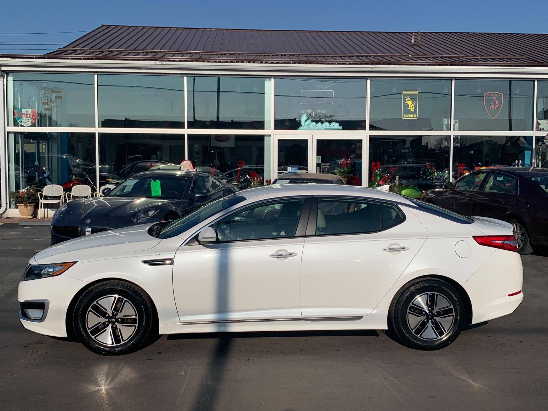 Used-2012-Kia-Optima-Hybrid-LX