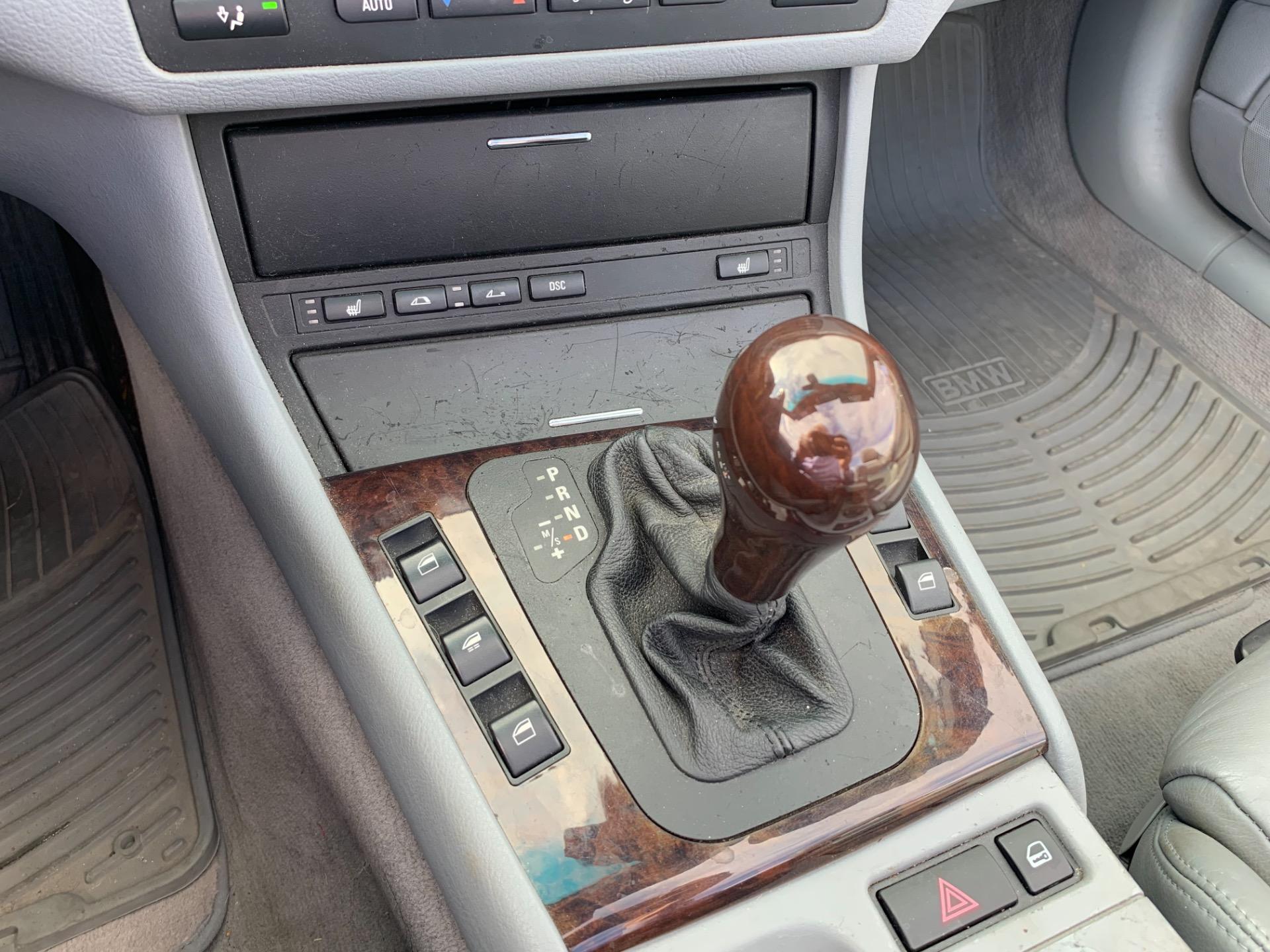 Used-2003-BMW-3-Series-330Ci
