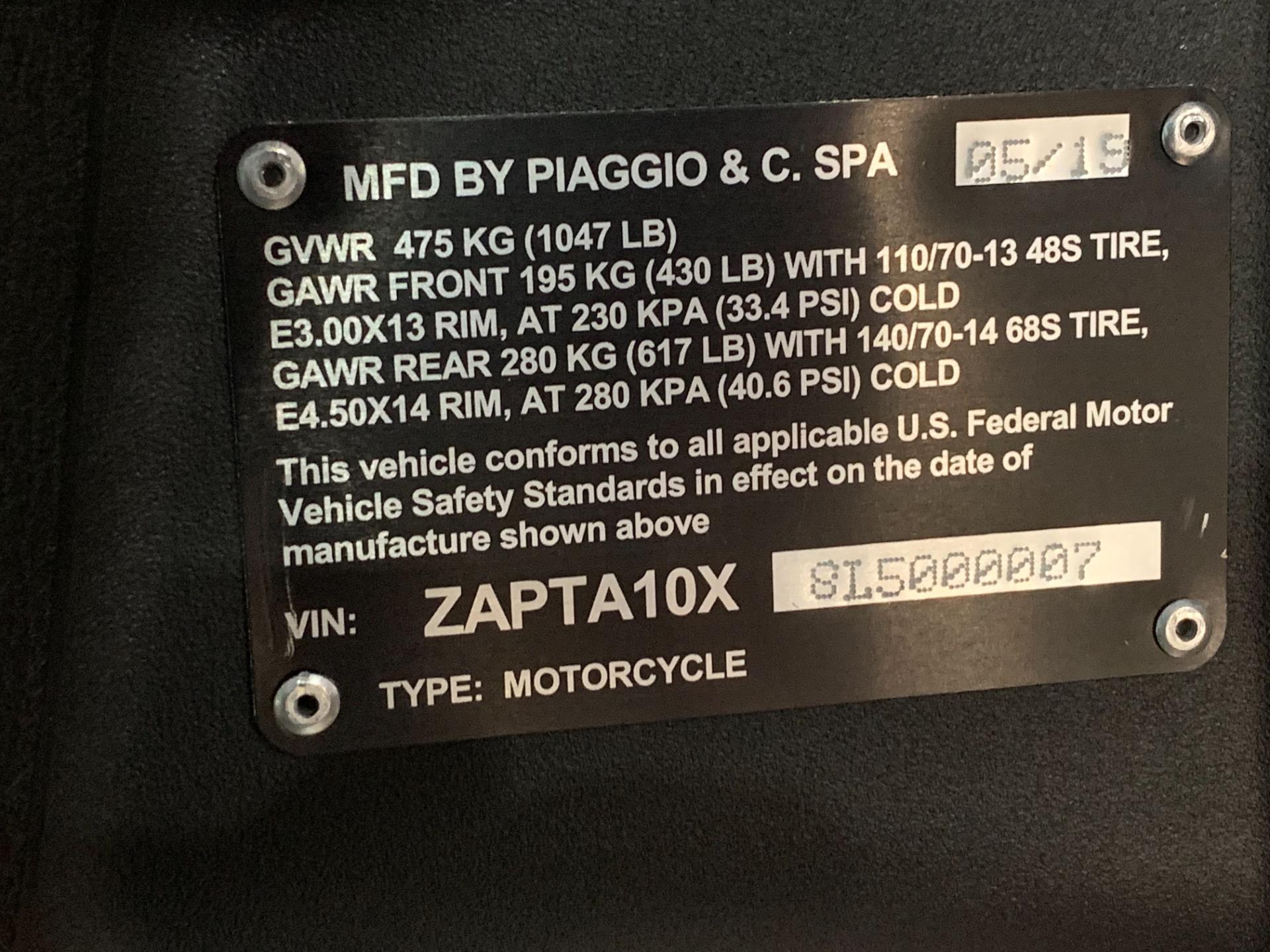 New-2020-Piaggio-MP3-500-HPE